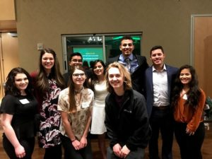 Students at the 2019 first-gen dinner
