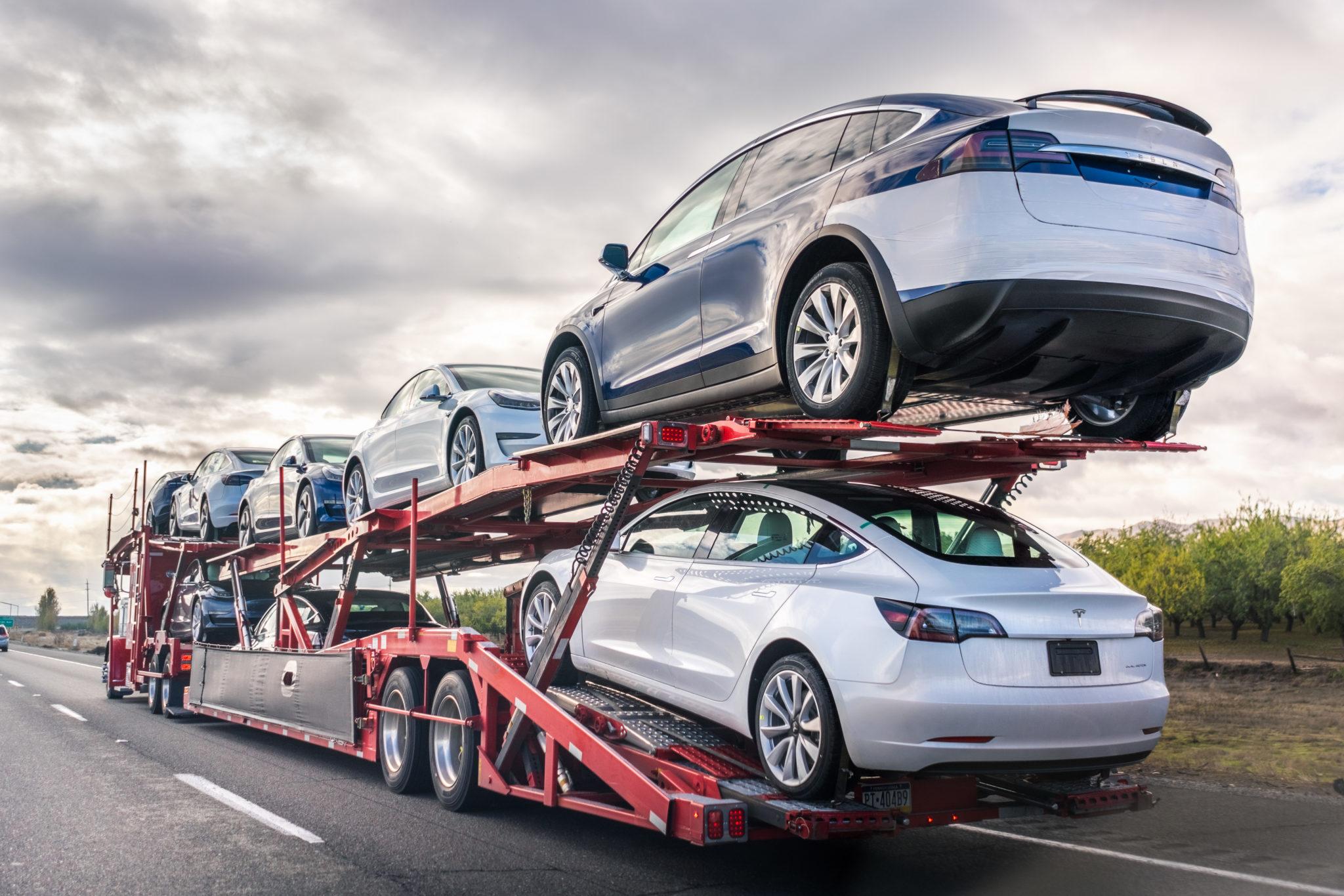Car transport vehicle
